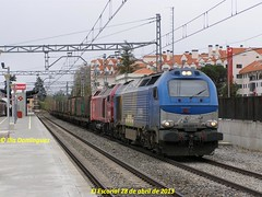 idn2006 (ribot85) Tags: railroad train tren trenes trains railways escorial 335 mercante 6001 mercancias comsa 87740 4000 tramesa takargo 335001