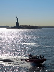 Statue of Liberty, NYC (Timbo_a_go_go) Tags: nyc statue liberty island bay coast gun guard defence patrol
