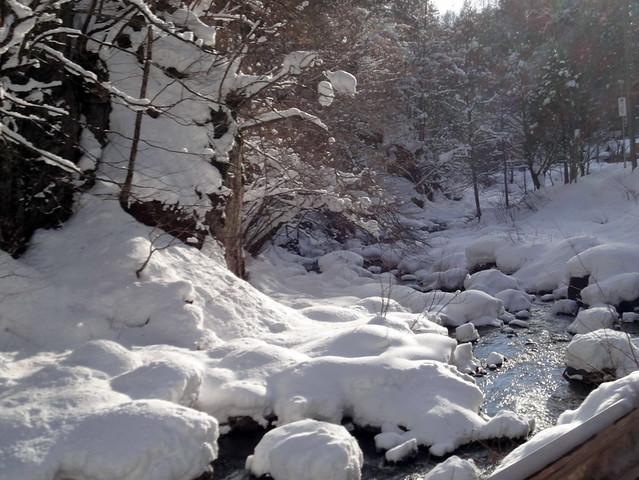 雪景色の里山を堪能|