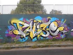 welcome matilda!/ rip robbo (en-ri) Tags: muro simon wall writing torino graffiti grigio giallo arrow kiki false piove rm kaes vover cane57