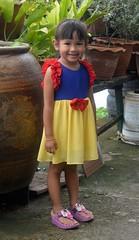 snow white (the foreign photographer - ) Tags: jul32016nikon cute girl child yellow blue red dress khlong bang bua lard phrao portraits bangkhen bangkok thailand nikon d3200
