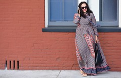 Must Have: Long Sleeve Maxi Dress (GirlWithCurves) Tags: taneshaawasthi girlwithcurves curlyhair maxidress maxidresses longsleevedress modestfashion modeststyle fallfashion longsleevedresses plussizeclothing plussize plussizefashion