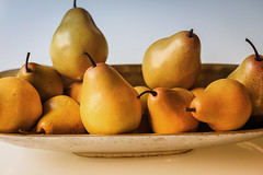 Pairs of Pears (Chuck LaChance) Tags: fruit yellow pears flickr explore flickrexplore