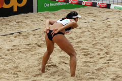 GO4G6922_R.Varadi_R.Varadi (Robi33) Tags: action ball beachvolleyball court block international play sand victory game player sport summer competition show umpire viewers basel switzerland