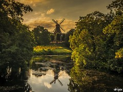Kafe mill / Kaffee Mhle Bremen, Germany (Springer@WW) Tags: kaffemhle kafemill bremen ladscape windmill windmhle cityscape germany deutschland europe europa nature natur water wasser summerlights sommerlichter sony alpha7