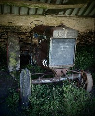 (a.pierre4840) Tags: olympus omd em5 mzuiko 1250mm f3563 tractor vehicle abandoned rural decay artfilter farm pinhole vignetting tyneham dorset england fordson