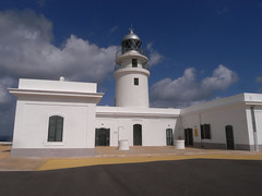 cap de cavalleria (the incredible how (intermitten.t)) Tags: menorca espaa balearicislands baleares illesbalears minorca capdecavalleria far lighthouse mostnorthernpoint 20151001 3052 espaa