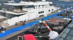(Uno100) Tags: chopper helicopter maybach yacht show 2016 monaco