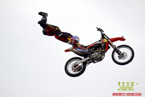 superman X-Fighter Jams RedBull 2013