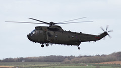 Westland Commando/Sea King HC4 (FuriousGM) Tags: airport aviation navy helicopter westland commando prestwick pik seaking royalnavy egpk za297