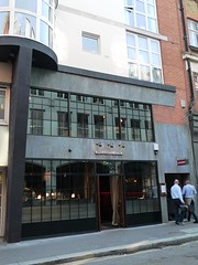 Social Eating House/Blind Pig, Soho, W1 (Ewan-M) Tags: england london bars blindpig soho restaurants polka w1 polandstreet jamies cocktailbar ukai rgl theblindpig cityofwestminster cocktailbars w1f polkabar needsrglreview thesocialeatinghouse socialeatinghouse