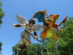 Pitt,Link and Charizard (Rohny Depp) Tags: kid nintendo pokemon icarus pitt darts charizard figma