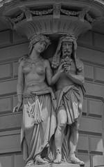 Il Telamone romantico e... (emilype) Tags: milano milan statue telamone cariatide architecture arte art architettura bn bnarte bnvitadistrada blancoynegro blackwhitephotos blackandwhite bl