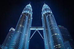 Kuala Lumpur Petronas towers (zoomleeuwtje) Tags: ngc malaysia kuala lumpur petronas towers city asia skyscraper