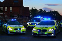 Sussex Roads Policing (S11 AUN) Tags: sussex police bmw 330d 3series 530d 5series estate land rover discovery 4 sdv6 4x4 anpr traffic car rpu roads policing unit 999 emergency vehicle gx13bvj gx15ecy gx15eaw