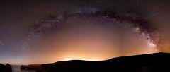 Los dos arcos de Berelln (chuscordeiro) Tags: berellin cielo estrellas sky stars vialactea milkyway cantabria valdesanvicente canon 7d 1022 iso color panoramica verano vacaciones turismo playa mar cantabrico
