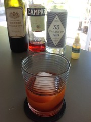 Quill with 33 Portland dry gin, Campari, Cocchi vermouth di Torino, St. George absinthe (*FrogPrincesse*) Tags: drinks negroni gin sweetvermouth campari absinthe stgeorge
