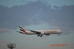 Emirates B777-31HER A6-ECP Melbourne Tullamarine 13 MAR 2013 (denmac25) Tags: new air melbourne emirates zealand tullamarine b777300
