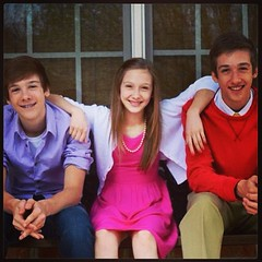 The Smith kids rocked the Easter pics this year! :) Love my gang! @pychop @kennedyvbgirl @hunter_smith21