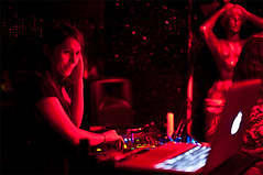 LaBlackPudding#4_12 (Celia Almuedo dontcoveryoureyes) Tags: red music night dj soire laglobal lablackpudding