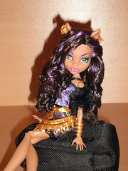 Making my way downtown (meike_1995) Tags: monster high doll mattel 2013 scaris clawdeen