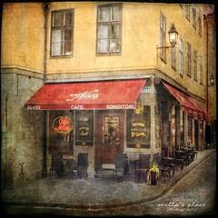 Café Nova (Milla's Place) Tags: city texture café sweden stockholm streetscene gamlastan oldtown textured järntorget cafénova tatot