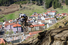 Bikepark Todtnau 14.04.13 #59 (Michael-Herrmann) Tags: park black sports bike sport speed forest lens prime michael spring nikon action 85mm erffnung downhill dh opening nikkor mountainbiking schwarzwald bikepark saison herrmann todtnau 2013 festbrennweite saisonerffnung hasenhorn d5100