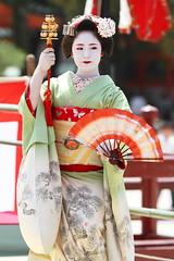 Odori by Maiko (Teruhide Tomori) Tags: portrait japan dance kyoto performance maiko   kimono tradition japon odori