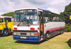 Preserved Paramount at Stokes Bay. (steve vallance coach and bus) Tags: preservation stokesbay plaxton leylandtiger bartontransport a620atv firstavonsomerset gosportbusrally
