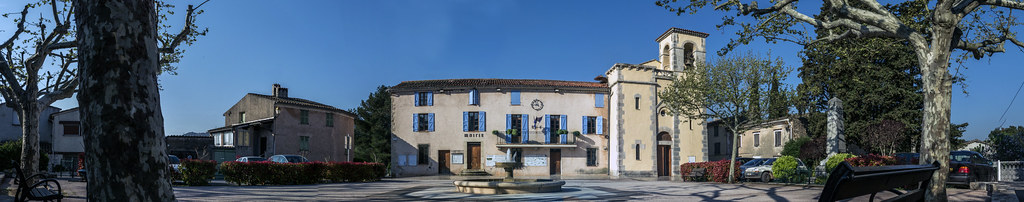 Mairie du Thoronet panoramique