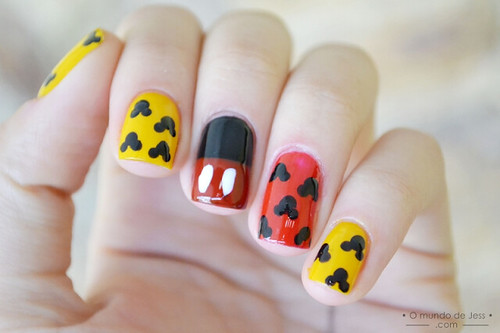 [TUTORIAL] Mickey Mouse Nail art