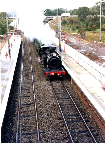 NSWGR steam locomotive 3112 - Tuggerah Railway Station 1997