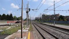 E436.356 + E436.354 da Torino Orbassano a Modane in transito a Collegno(TO) (simone.dibiase) Tags: e436 linea torino orbassano modane bussoleno bardonecchia merci stazione mf sncf scalo fascio arrivi captrain italia francia italy france astride collegno train station stations rail rails railway railways loco locos locomotive locomotiva ferrovie dello stato italiane fs transcereales cereali fx 356 354