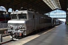 SNCF 22228 (Will Swain) Tags: paris gare du nord 18th july 2016 train trains rail railway railways transport travel vehicle vehicles europe france french voyage capital city centre parisien ile de ledefrance le sncf 22228