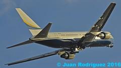 N673BF - Polaris Aviation Solutions - Boeing 767-238(ER) - PMI/LEPA (Juan Rodriguez - PMI/LEPA) Tags: nikon d90 sigma 80400mm 70200mm pmilepa aeropuerto airport sonsanjuan sonsantjoan palma mallorca plane planes airplane airplanes aircraft boeing b676 polarisaviationsolutions n673bf aeroplano