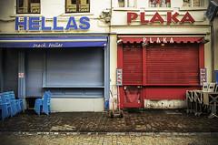 Hellas Plaka (Tom Cuppens) Tags: brussel flickr straatfotografie bruxelles brussels streetphotography photographiederues greek greece grieks restaurant snacks grotemarkt grandeplace