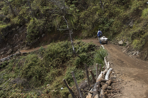 Bringing downhill sulpur pieces in the bags - Ijen East Java