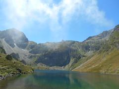 Lac d'Ilhéou (norwin_galdiar) Tags: mountain lake nature landscape pyrenees ilheou nikon coolpix s6700