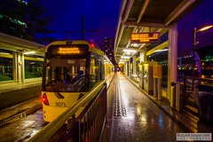 MediaCityUK2016.08.20-1 (Robert Mann MA Photography) Tags: salford quays mediacityuk manchester greatermanchester manchestercitycentre city citycentre architecture cities summer 2016 saturday 20thaugust2016 manchestermetrolink metrolink tram trams night nightscape nightscapes