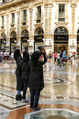 Miln, la moda y mi admiracin (mArregui) Tags: wwwarreguimeluscom marregui miln moda glamour italia europa pasaje victormanuelii vitorioemanuelleii