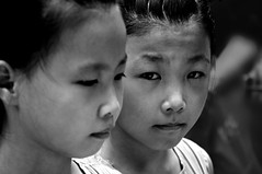 twins (beijin, china) (bloodybee) Tags: beijing china asia travel twin sister girl child portrait face bw street people