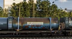 1636_2016_09_23_Kln_West_RHC_0272_017_DE94_mit_Mllzug_Ehrenfeld (ruhrpott.sprinter) Tags: ruhrpott sprinter deutschland germany nrw ruhrgebiet gelsenkirchen lokomotive locomotives eisenbahn railroad zug train rail reisezug passenger gter cargo freight fret diesel ellok klnwest als db mrcedispolok nxg nationalexpress lbl locon nrail pcw rhc sbbc siemens sncb vtgd es64p001 es64f4 0272 127 146 155 185 186 189 260 275 408 482 620 1261 1275 6127 6146 6189 2275 eurosprinter gravita dosto chemion schienen walzzeichen outdoor logo natur graffiti