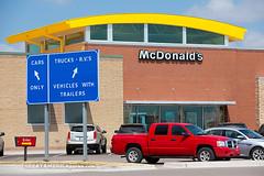 McDonald's (ezeiza) Tags: road plaza travel food oklahoma restaurant drive highway fastfood fast mcdonalds toll bailey drivethru area service interstate through turnpike tollway ok 44 drivethrough thru travelplaza i44 tollroad servicearea chickasha interstate44 interstatehighway44 hebaileyturnpike hebailey