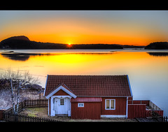 Here Comes The Sun (Filip Nystedt) Tags: sky water sunrise europa sweden skandinavien sverige scandinavia westcoast legacy smallhouse bohusln vstkusten frameit sundsandvik canonef2470mmf28liiusm canon5dmarkiii bestcapturesaoi elitegalleryaoi