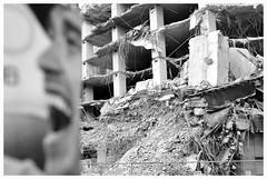 FALLEN DOWN (Spaceopera) Tags: monochrome smile nikon sourire destroyed insolite beton etrange d90 detruit gravas nikond90 decombres