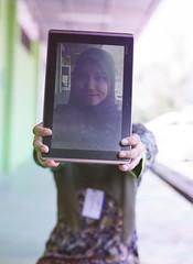 Analogue In The Edge Of Social Media Photography #3 (Expired_Film) Tags: cute girl mediumformat muslim hijab socialmedia filmphotography mamiya645pro mamiyasekor80mmf28 fujicolorpro160ns instagram
