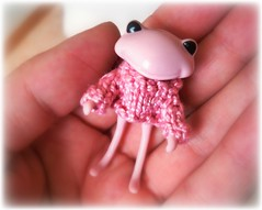 OMG, so tiny and cute <3 (Schneckiene) Tags: pink cute wonder wanda doll frog tiny cuteness wonderfrog