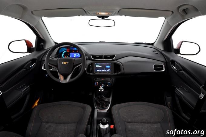 Visão do interior do Chevrolet Onix