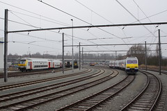 20130323 005 Schaerbeek ATE. SNCB NMBS M6 BDx Voiture Pilot and AM80 343 (15038) Tags: electric track belgium trains emu railways 343 carriages nmbs depots sidings sncb am80 voiturepilot m6bdx schaerbeekate