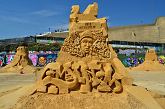 HI! MY NAME IS EMINEM (Di's Free Range Fotos) Tags: uk england music graffiti brighton hiphop sandsculpture eminem blackrock chum101 sandcarving hiphopicon sandsculpturefestival2013